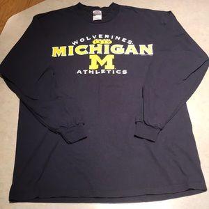 Shirts - Men's University of Michigan L/S tee Sz L